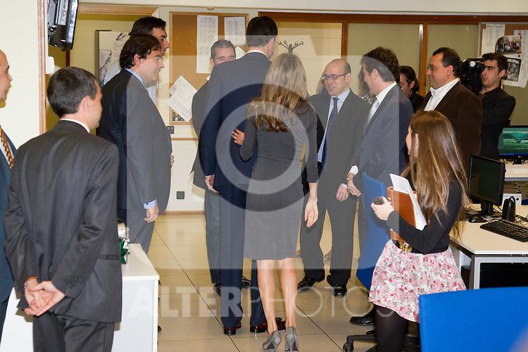 090211.MC.Ppes de Asturias visita a las instalaciones de la Cadena Cope...Madrid....Prince Felipe and Princess Letizia visit Cadena Cope Radio Station in Madrid...Photo: Miguel Cordoba / ALFAQUI