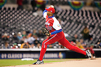16 March 2009: #20 Norge Luis Vera of Cuba pitches against Mexico during the 2009 World Baseball Classic Pool 1 game 3 at Petco Park in San Diego, California, USA. Cuba wins 7-4 over Mexico.