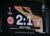 Halbzeitstand 2:1 auf dem Videowürfel - 04.10.2018: Eintracht Frankfurt vs. Lazio Rom, UEFA Europa League 2. Spieltag, Commerzbank Arena, DISCLAIMER: DFL regulations prohibit any use of photographs as image sequences and/or quasi-video.