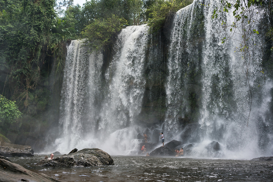 November 7, 2017 - Kep (Cambodia). Locals and tourists have a swim at the Phnom Kulen waterfalls. © Thomas Cristofoletti / Ruom