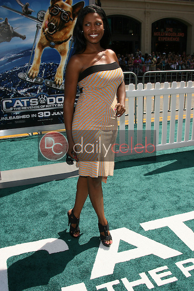 """Omarosa Manigault-Stallworth<br /> at the """"Cats and Dogs The Revenge Of Kitty Galore"""" World Premiere, Chinese Theater, Hollywood, CA. 07-25-10<br /> David Edwards/DailyCeleb.com 818-249-4998"""