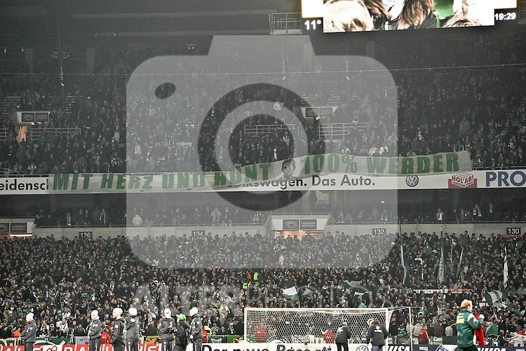 12.03.2011, Weserstadion, Bremen, GER, 1.FBL, Werder Bremen vs Borussia Moenchengladbach, im Bild Banner in der Ostkurve des Weserstadions   Foto © nph / Frisch