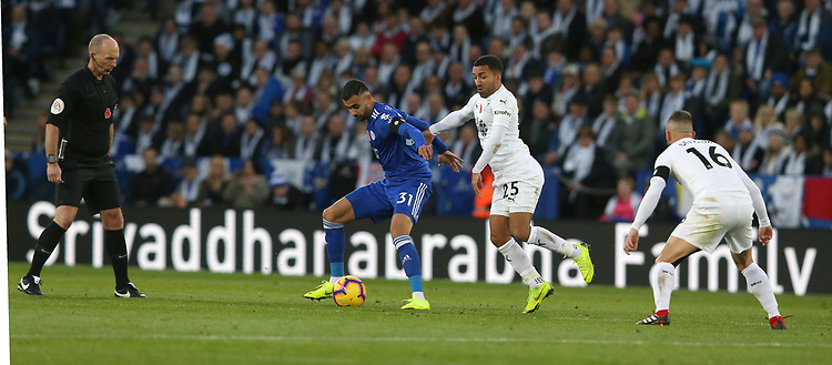 Photographer Stephen White/CameraSport<br /> <br /> The Premier League - Saturday 10th November 2018 - Leicester City v Burnley - King Power Stadium - Leicester<br /> <br /> World Copyright © 2018 CameraSport. All rights reserved. 43 Linden Ave. Countesthorpe. Leicester. England. LE8 5PG - Tel: +44 (0) 116 277 4147 - admin@camerasport.com - www.camerasport.com
