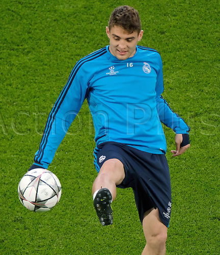 05.04.2016. Wolfsburg, Germany.  Real Madrid's Mateo Kovacic in action during a training session at at the Volkswagen Arena in Wolfsburg, Germany, 05 April 2016. Real Madrid will face VfL Wolfsburg in a UEFA Champions League quarter final soccer match to be held on 06 April.