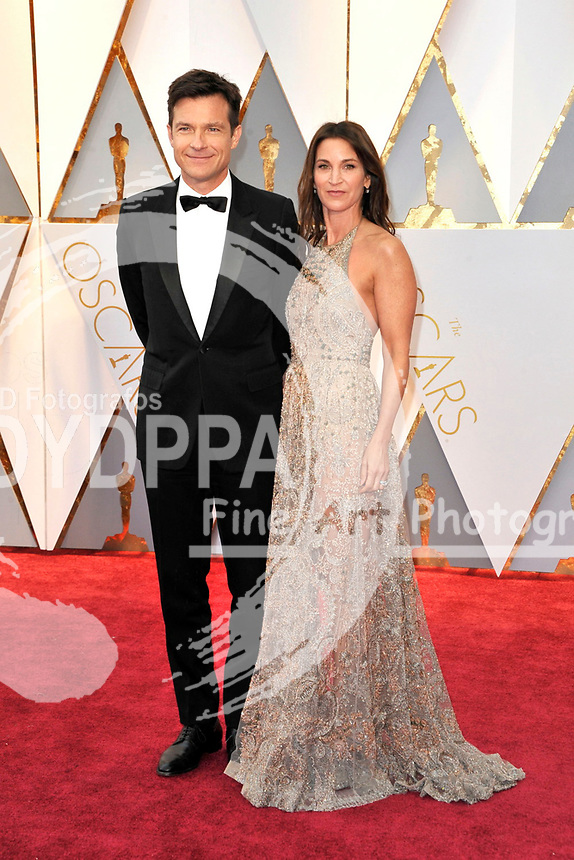 Jason Bateman and his wife Amanda Anka attend the 89th Annual Academy Awards at Hollywood & Highland Center on February 26, 2017 in Hollywood, California.