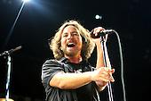 Jun 20, 2012: PEARL JAM - MEN Arena Manchester UK