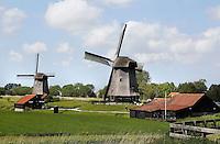 Nederland, Schermerhorn, 2015 06 03. Molens in de Schermerpolder. Rechts de Museummolen . The Netherlands, Schermerhorn, 2015 06 03 . Windmills in Schermerhorn