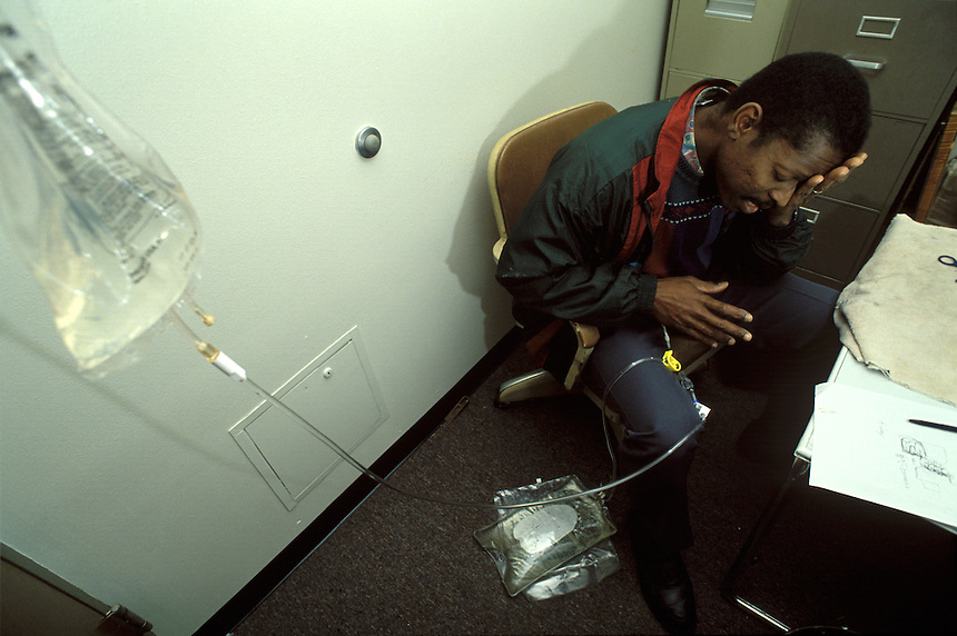 During the school day, teacher Fred Fields finds a quiet storage room to perform the kidney dialysis treatment he needs to keep himself alive. Using his planning session for the procedure, he keeps his students unaware of his personal struggle. Fields maintained his teaching and basketball coaching schedules without compliant despite his debilitating and ultimately deadly condition.