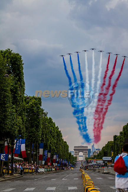Fighterjets over Paris, Tour de France, Stage 21: Évry > Paris Champs-Élysées, UCI WorldTour, 2.UWT, Paris Champs-Élysées, France, 27th July 2014, Photo by Thomas van Bracht