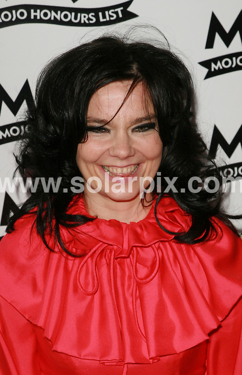 **ALL ROUND PICTURES FROM SOLARPIX.COM**.Mojo Music Awards Honours List 2007 at the Brewery, London..This pic: Björk..JOB REF:  4094  GMT   DATE: 18.06.07.**MUST CREDIT SOLARPIX.COM OR DOUBLE FEE WILL BE CHARGED* *UNDER NO CIRCUMSTANCES IS THIS IMAGE TO BE REPRODUCED FOR ANY ONLINE EDITION WITHOUT PRIOR PERMISSION*