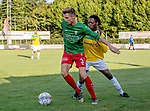 2018-07-28 / Voetbal / seizoen 2018 -2019 / KFC Houtvenne - VK. ST-Aghatha-Berchem/ Sam Van Aerschot (l.KFC Houtvenne) met Joseph Bakajika Ndiaye ,Foto: Mpics.be