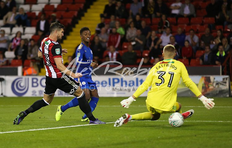 Sheffield United VS Leicester City Carabao Cup Round 1 Tuesday 22th August 2017, Bramall Lane Sheffield<br /> <br /> Demarai Gray slots the ball past Blades Keeper Jake Eastwood to make it 1-0<br /> <br /> Pictures - Alex Roebuck / www.alexroebuck.co.uk