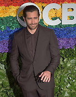 NEW YORK, NEW YORK - JUNE 09: Jake Gyllenhaal attends the 73rd Annual Tony Awards at Radio City Music Hall on June 09, 2019 in New York City. <br /> CAP/MPI/IS/CSH<br /> ©CSHIS/MPI/Capital Pictures