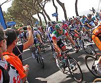 NAPOLI 04/05/2013 PRIMA TAPPA  CIRCUITO NAPOLI 968 GIRO D'ITALIA.NELLA FOTO Franco Pellizzotti.FOTO CIRO DE LUCA .Cyclist riders during  the first stage of 96° Giro d''italia cycling race in Naples