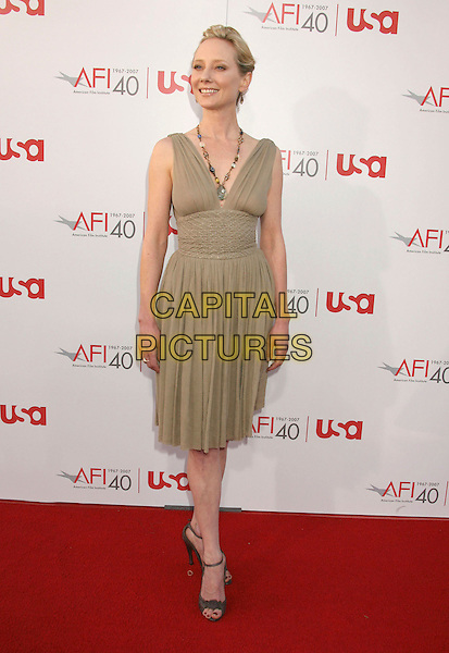 ANNE HECHE.35th AFI Life Achievement Award Honoring Al Pacino held at the Kodak Theatre, Hollywood, California, USA..June 7th, 2007.full length green dress necklace beads .CAP/ADM/RE.©Russ Elliot/AdMedia/Capital Pictures