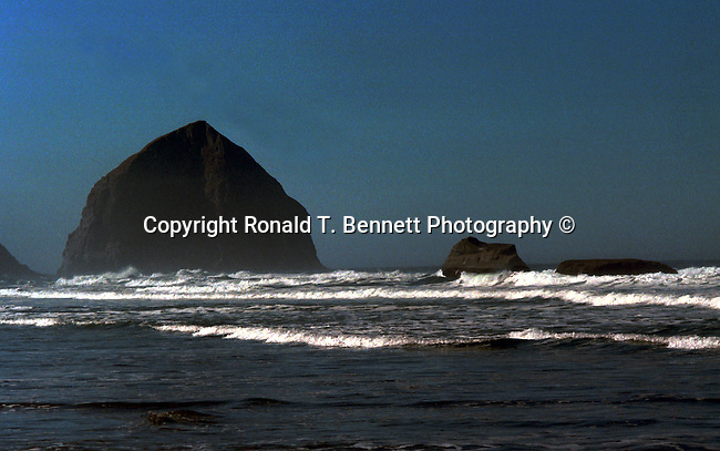 Haystack Rock Cannon Beach Oregon, Haystack Rock, Cannon Beach, Oregon, Clatsop County, Portland, Tolovana Beach State Recreation Site,  Pacific Ocean, Plains, woods, mountains, rain forest, desert, rain, Pacific Northwest, Fine Art Photography by Ron Bennett, Fine Art, Fine Art photography, Art Photography, Copyright RonBennettPhotography.com © Fine Art Photography by Ron Bennett, Fine Art, Fine Art photography, Art Photography, Copyright RonBennettPhotography.com ©