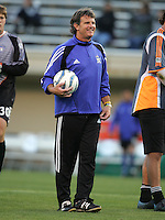 2 April 2005:   Tim Hanley, Goalkeeper Coach of Earthquakes in warm-up before the game against Revolution at Spartan Stadium in San Jose, California.   Earthquakes and Revolutions tied at 2-2.  Credit: Michael Pimentel / ISI