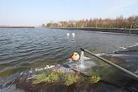 Filling irrigation reservoir