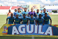 MONTERÍA - COLOMBIA, 13-10-2018: Formación de Jaguares de Córdoba contra el Atlético Huila  durante partido por la fecha 14 de la Liga Águila II 2018 jugado en el estadio Municipal Jaraguay de Montería . / Team of  Jaguares of Cordoba agaisnt of  Atletico Huila during the match for the date 14 of the Liga Aguila II 2018 played at Municipal Jaraguay Satdium in Monteria City . Photo: VizzorImage /Andrés Felipe López  / Contribuidor.