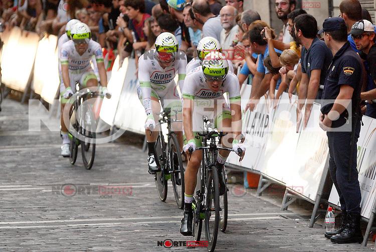Team Argos-Shimano during Special Crono Stage.August 17,2012. (ALTERPHOTOS/Alfaqui/Paula Otero) /NortePhoto.com<br /> <br /> **SOLO*VENTA*EN*MEXICO**<br /> **CREDITO*OBLIGATORIO** <br /> *No*Venta*A*Terceros*<br /> *No*Sale*So*third*<br /> *** No Se Permite Hacer Archivo**<br /> *No*Sale*So*third*