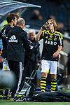 Solna 2013-09-30 Fotboll Allsvenskan AIK - &Ouml;sters IF :  <br /> AIK 25 Sam Lundholm dricker vatten innan han ska bytas in under den andra halvleken<br /> (Foto: Kenta J&ouml;nsson) Nyckelord:  portr&auml;tt portrait