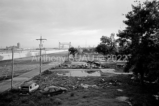 New Orleans, Louisiana.USA.August 1, 2006..A view of the rebuilt levee in the lower ninth ward were the original levee broke one year earlier when it was hit by hurricane Katrina flooding 80% of the city..