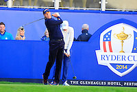 Matt Kuchar (USA) warms up on the 1st tee before Saturday Mornings Fourball Matches of the Ryder Cup 2014 played on the PGA Centenary Course at the Gleneagles Hotel, Auchterarder, Scotland.: Picture Eoin Clarke, www.golffile.ie : 27th September 2014