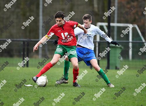 2017-03-19 / Voetbal / Seizoen 2016-2017 / Antonia - Zwijndrecht / Abdelkarim El Marchouni (l. Antonia) met Joren Matheussen<br /> <br /> ,Foto: Mpics.be