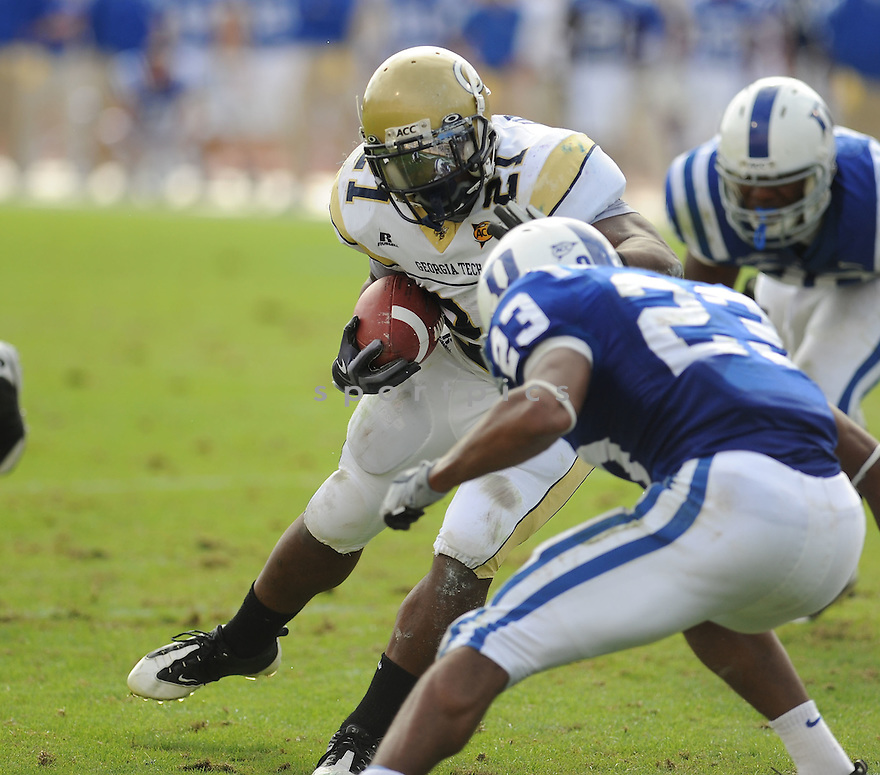 JONATHAN DWYER, of the Georgia Tech Yellow Jackets, in action during the Yellow Jackets game against the Duke Blue Devils on November 14, 2009 in Durham, NC. Georgia Tech won 49-10