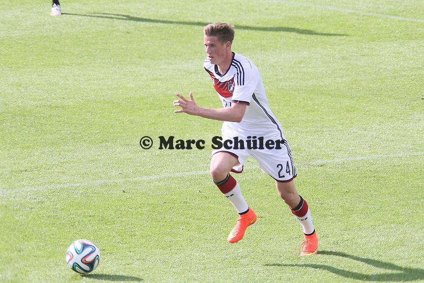 Erik Durm - Testspiel der Deutschen Nationalmannschaft gegen die U20 zur WM-Vorbereitung in St. Martin