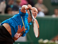 01-06-13, Tennis, France, Paris, Roland Garros,  Nikolay Davydenko