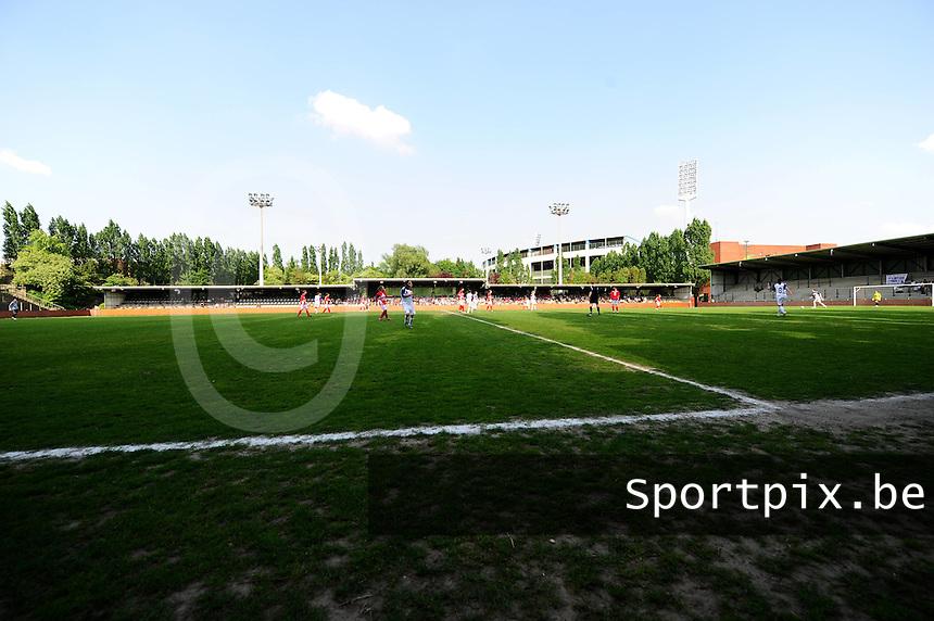 RSC Anderlecht Dames - Standard Femina : Standard kampioen 2010 - 2011 : de kleine heyzel.foto DAVID CATRY / Vrouwenteam / Loft6