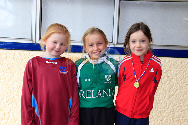 Reanna smith<br /> Emma Farrell<br /> Niamh Millen<br /> GOAL Jersey Day in Marymount National School.<br /> Picture Fran Caffrey www.golffile.ie