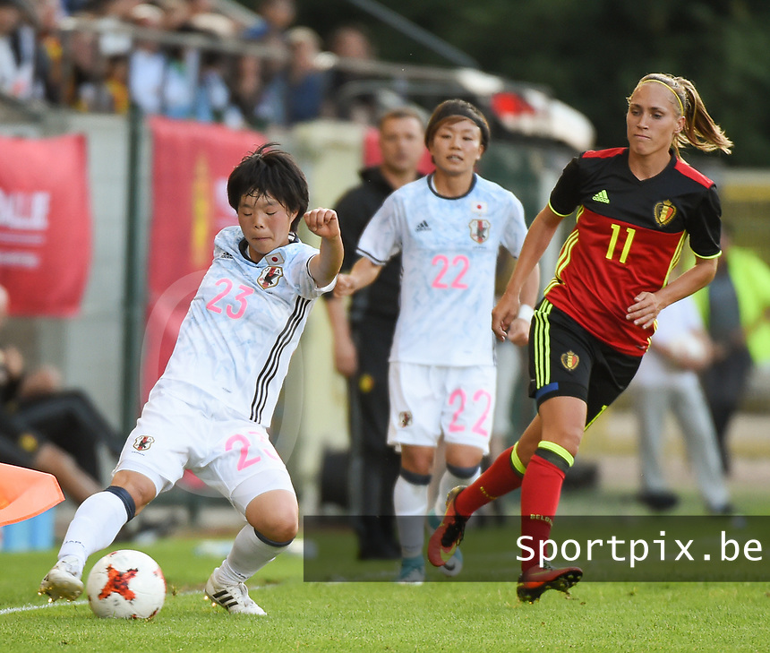 20170613 - LEUVEN ,  BELGIUM : Belgian Janice Cayman (R) and Japanese Nana Ichise (L) pictured during the female soccer game between the Belgian Red Flames and Japan , a friendly game before the European Championship in The Netherlands 2017  , Tuesday 13 th Juin 2017 at Stadion Den Dreef  in Leuven , Belgium. PHOTO SPORTPIX.BE | DIRK VUYLSTEKE