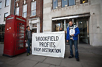 13.01.2012 - Protest outside Brookfield Asset Management Inc. HQ