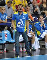 Handballl Champions League Frauen - HC Leipzig (HCL) gegen IK Sävehof/ Saevehof am 19.10.2013 in Leipzig (Sachsen). <br /> IM BILD: HCL Trainer Thomas Swed Örneborg / Oerneborg <br /> Foto: Christian Nitsche / aif