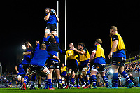 Bath Rugby forwards practise their lineout during the pre-match warm-up. Gallagher Premiership match, between Bath Rugby and Exeter Chiefs on October 5, 2018 at the Recreation Ground in Bath, England. Photo by: Patrick Khachfe / Onside Images