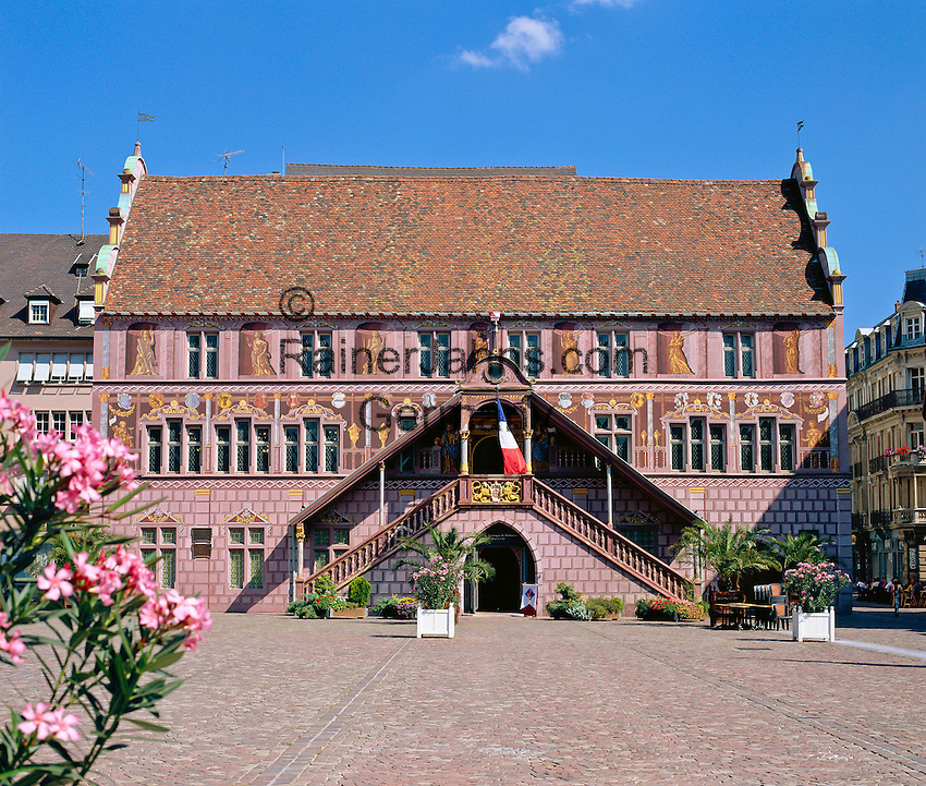 France, Alsace, Department Haut-Rhin, Mulhouse: old Townhall - Hotel De Ville - built 16th century | Frankreich, Elsass, Départements Haut-Rhin, Muelhausen (Mulhouse): Altes Rathaus aus dem 16. Jahrhundert