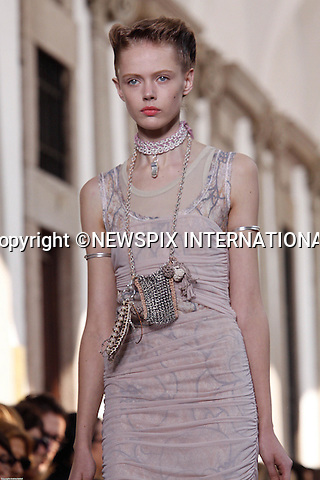 "MISSONI.Milan Fashion Show, Milano_27/09/2009.Mandatory Credit Photo: ©NEWSPIX INTERNATIONAL..**ALL FEES PAYABLE TO: ""NEWSPIX INTERNATIONAL""**..IMMEDIATE CONFIRMATION OF USAGE REQUIRED:.Newspix International, 31 Chinnery Hill, Bishop's Stortford, ENGLAND CM23 3PS.Tel:+441279 324672  ; Fax: +441279656877.Mobile:  07775681153.e-mail: info@newspixinternational.co.uk"