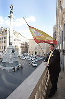 L'ambasciatore spagnolo presso la Santa Sede Francisco Vazquez y Vazquez ritratto sul balcone della sede dell'Ambasciata in piazza di Spagna, Roma, 11 marzo 2009..Spanish ambassador at the Holy See Francisco Vazquez y Vazquez portrayed on the balcony of the Embassy headquarters overlooking Piazza di Spagna, in Rome, 11 march 2009..UPDATE IMAGES PRESS/Riccardo De Luca