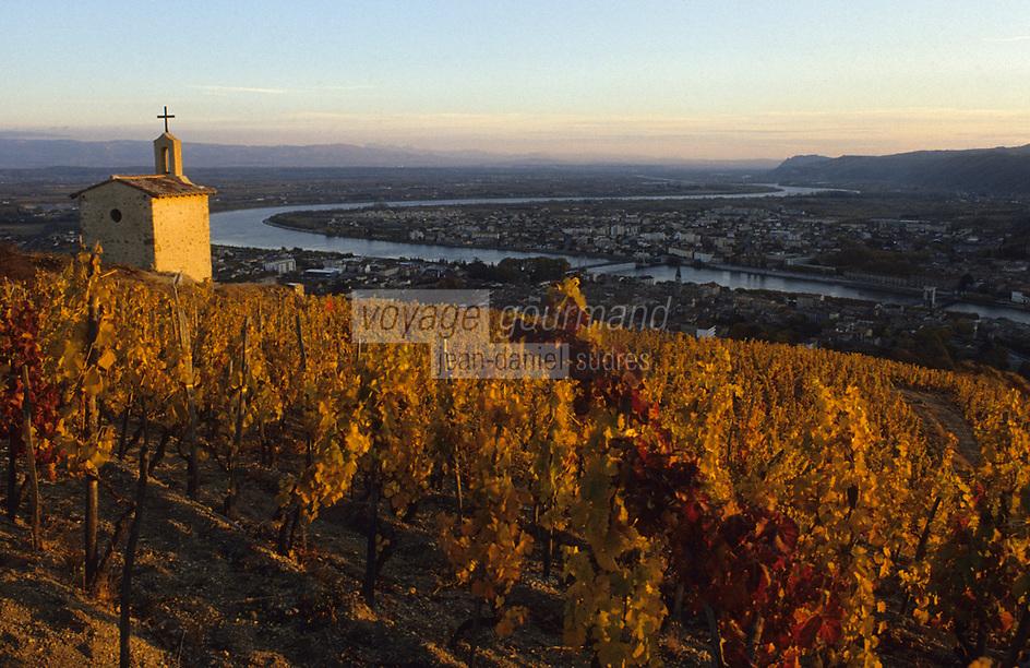 Europe/France/Rhône-Alpes/26/Drôme/Tain-l'Hermitage : Vignoble Côtes du Rhône - Chapelle du vignoble