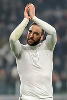 Calcio, semifinale di andata di Tim Cup: Juventus vs Napoli. Torino, Juventus Stadium, 28 febbraio 2017.<br /> Juventus' Gonzalo Higuain greets fans at the end of the Italian Cup semifinal first leg football match between Juventus and Napoli at Turin's Juventus stadium, 28 February 2017. Juventus won 3-1.<br /> UPDATE IMAGES PRESS/Manuela Viganti