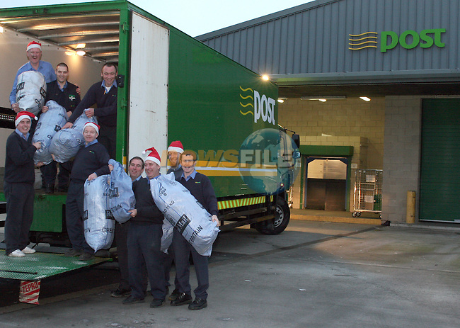 Postal staff loading up letters to be delivered to Santa...Photo NEWSFILE/Jenny Matthews.(Photo credit should read Jenny Matthews/NEWSFILE)....This Picture has been sent you under the condtions enclosed by:.Newsfile Ltd..The Studio,.Millmount Abbey,.Drogheda,.Co Meath..Ireland..Tel: +353(0)41-9871240.Fax: +353(0)41-9871260.GSM: +353(0)86-2500958.email: pictures@newsfile.ie.www.newsfile.ie.FTP: 193.120.102.198.