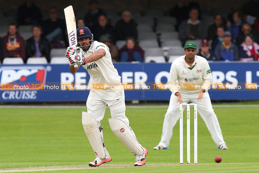 Ravi Bopara in batting action for Essex - Essex CCC vs Leicestershire CCC - LV County Championship Division Two Cricket at the Essex County Ground, Chelmsford, Essex - 31/05/15 - MANDATORY CREDIT: Gavin Ellis/TGSPHOTO - Self billing applies where appropriate - contact@tgsphoto.co.uk - NO UNPAID USE