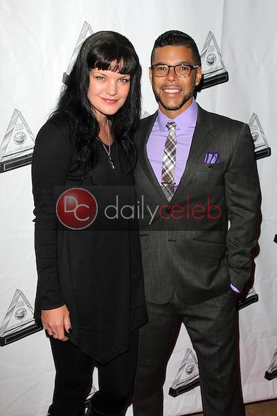 Pauley Perrette, Wilson Cruz<br /> at the 2014 Media Access Awards, Beverly Hilton Hotel, Beverly Hills, CA 10-16-14<br /> David Edwards/DailyCeleb.com 818-249-4998