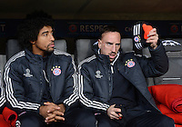 FUSSBALL   CHAMPIONS LEAGUE   SAISON 2012/2013   GRUPPENPHASE   FC Bayern Muenchen - FC Bate Borisov              05.12.2012 Auf der Bank Dante und Franck Ribery (v. li., FC Bayern Muenchen)