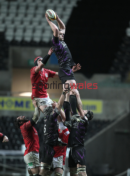 Ian Evans wins the lineout ball for Opreys..Magners League.Ospreys v Ulster.13.02.11.©Steve Pope
