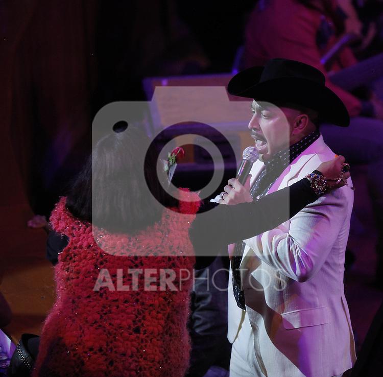 Lupilla Rivera durante su concierto en el palenque de la Feria de Leon 2013 , Guanajuato el 3 de febrero del 2013....(*Foto:TiradorTercero/NortePhoto*)