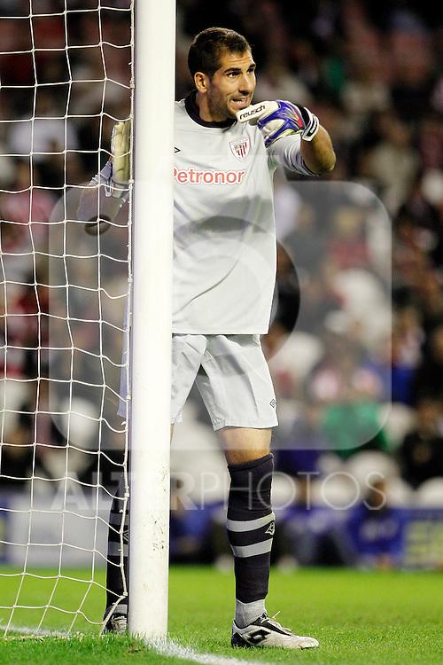 Athletic de Bilbao's Gorka Iraizoz during Europa League match.October 20,2011. (ALTERPHOTOS/Acero)