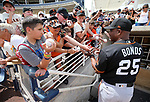 San Francisco Giants' hitting coach Barry Bond signs autographs before a spring training game against the Milwaukee Brewers in Phoenix, AZ, on Thursday, March 23, 2017.<br /> Photo by Cathleen Allison/Nevada Photo Source